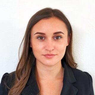 Nikola Srdošová